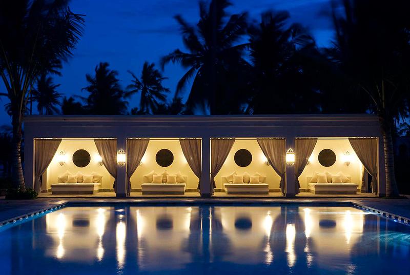 Baraza Zanzibar Pool Night